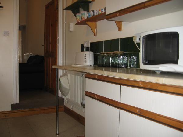 3-4 BED STUDENT HOUSE in PERRY BARR, Ideal for B'ham City Uni & City Centre Students90, Willmore Road, Birmingham, B20 2ea